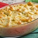 Bacalhau com batatas e molho branco