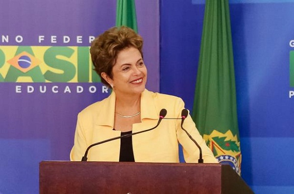 GOVERNO TESTA BASE APÓS REORGANIZAÇÃO