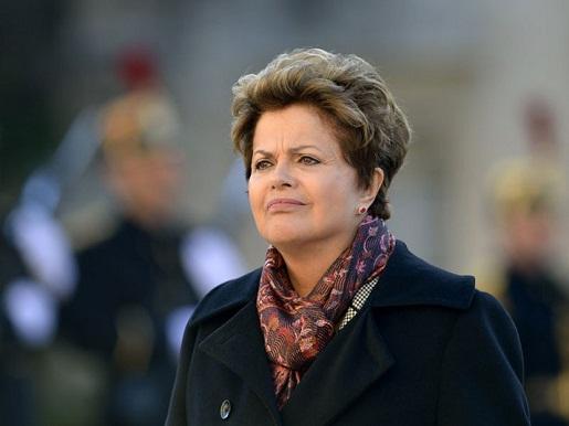 """""""Somos todos franceses"""", diz Dilma em carta a François Hollande"""