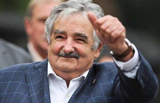 Uma noite de lições de Mujica para a juventude em Florianópolis