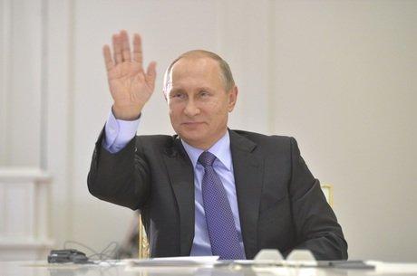 Rússia promete represária ao EI após concluir que bomba derrubou avião