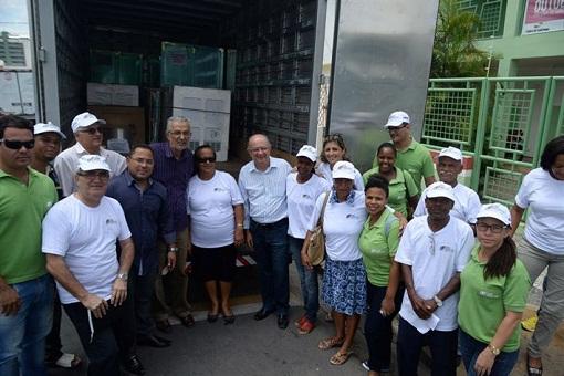José Ronaldo assina Convênio: Feira Produtiva distribui equipamento a merenda escolar