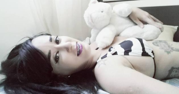 """Jovem conhecida como """"Carlinha do Laço"""" é morta a tiros em Salvador"""