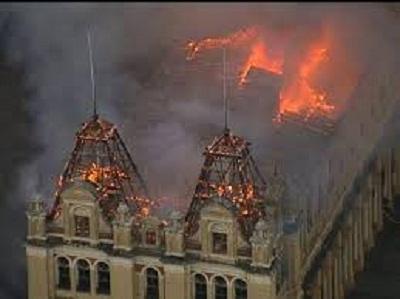 Incêndio destrói em São Paulo o Museu da Língua Portuguesa