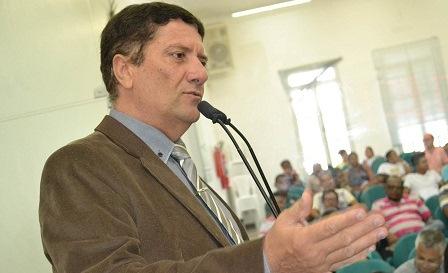 O edil David Neto diz que candidato do seu partido distribuiu 500 cestas básicas