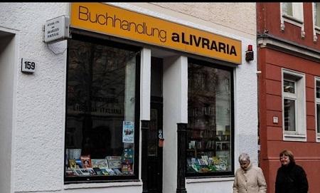 Brasileiro troca pneus por livros e há 10 anos é livreiro em Berlim