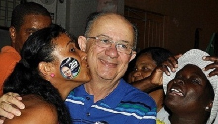 TCM aprova por unanimidade as contas de 2015 do prefeito José Ronaldo o campeão de votos