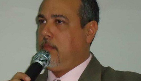 SUSPEITO DE IMPROBIDADE, PREFEITO DE LAURO DE FREITAS TEM CONTAS