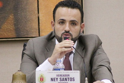 Prefeito eleito de Embu das Artes (SP) está foragido
