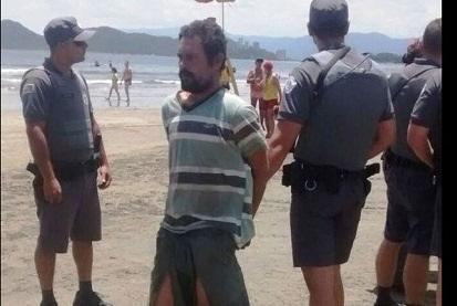 Homem tenta afogar criança no mar e bombeiro impede o crime