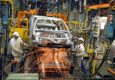 Na gestão Temer/Meirelles, produção industrial cai novamente