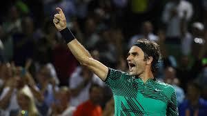 Federer quer manter mudança tática e posição no top 5