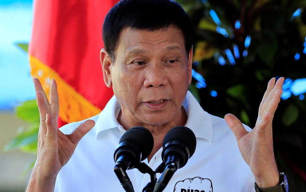 Presidente filipino pede moderação aos Estados Unidos, diz que líder da Coreia do Norte 'quer acabar com o mundo'