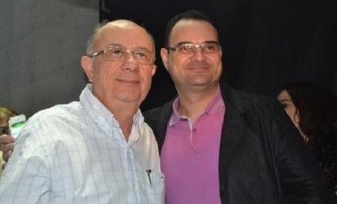 O vereador Reinaldo Miranda (Ronny) deixa a sutileza e desafia o prefeito José Ronaldo