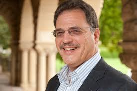 Larry Diamond: 'Não vejo no Brasil desejo de alternativa autoritária'