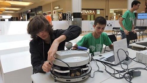 Estudantes brasileiros são premiados em feira de ciências nos EUA