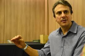 Governador petista defende nome de Tasso para eventual substituição de Temer