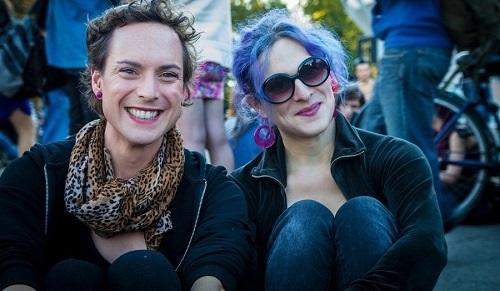 A psiquiatrização das identidades trans no DSM-5: saúde, cidadania e  risco