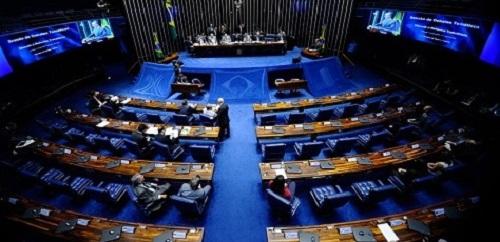 Reforma trabalhista será debatida no senado nesta terça-feira