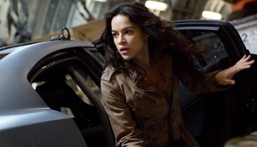 "Michelle Rodriguez ameaça deixar elenco de ""Velozes e Furiosos"""