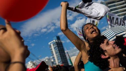 O que ameaça a saída da recessão no Brasil, segundo a OCDE