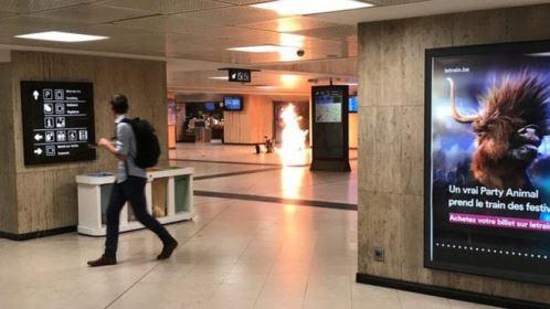 Explosão de mala de homem-bomba em estação de Bruxelas