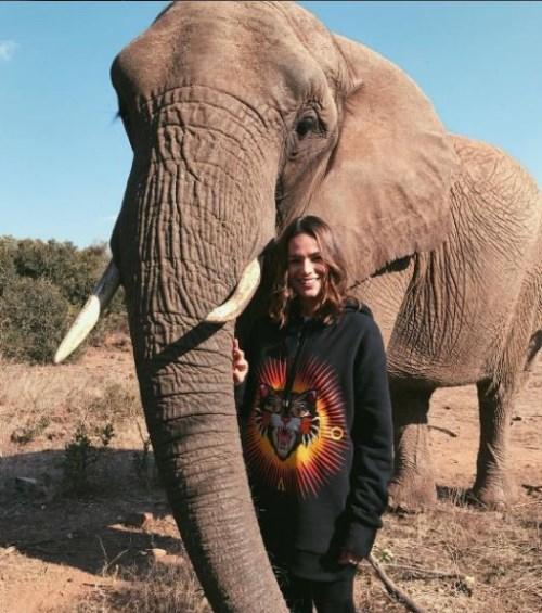 Safari chic! O álbum de viagem de Bruna Marquezine na África do Sul