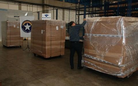 Quatro toneladas de produtos importados são apreendidos; material é estimado em R$ 5 milhões