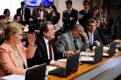 CAS aprova proposta que estimula investimento em saneamento básico