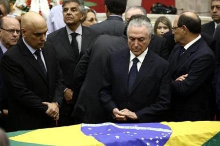 TEMER ENVERGONHA O POVO BRASILEIRO