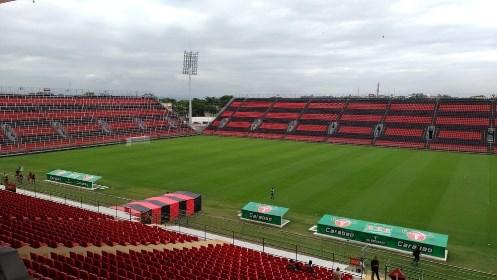 Flamengo lança pacote para três jogos e ônibus direto para nova Ilha do Urubu