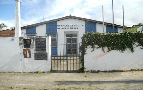 Mulher morre com disparo acidental ao prestar socorro a motociclista, no sul da Bahia