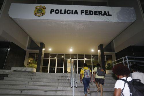 Protesto na Unilab termina com reitor e estudantes na Polícia Federal