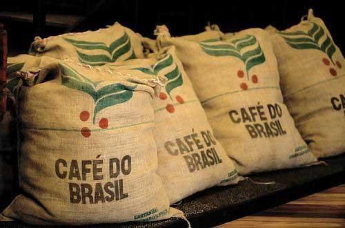 Exportações de café solúvel do Brasil recuam 12,4% no 1º semestre e deixam indústria em alerta