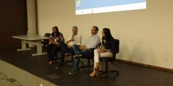 Educadores discutem a efetivação da Base Nacional Comum Curricular