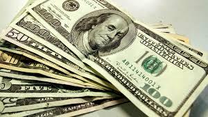 Dólar cai e chega a bater R$ 3,21 após aprovação da reforma trabalhista