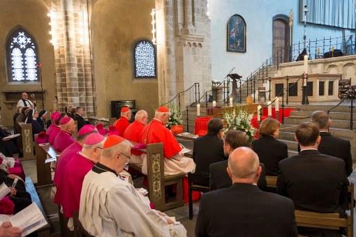 Alemanha: Papa Francisco e Bento XVI deixaram mensagens no «último adeus» ao cardeal Meisner