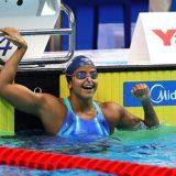 Eterna em um centésimo: Etiene bate chinesa e vira 1ª campeã mundial do país