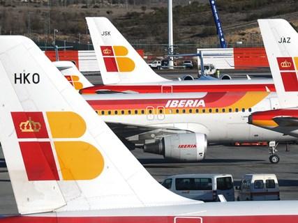 Companhias áreas cancelam voos a Caracas por razões de segurança