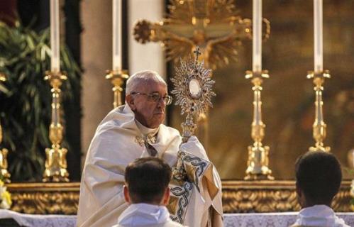 Vaticano proíbe hóstias sem glúten