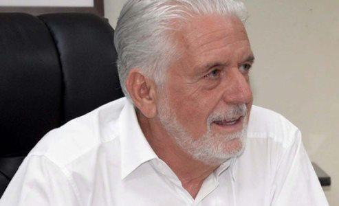 WAGNER COMEMORA FÁBRICA DE CALÇADOS QUE VAI GERAR 600 EMPREGOS EM MARACANI