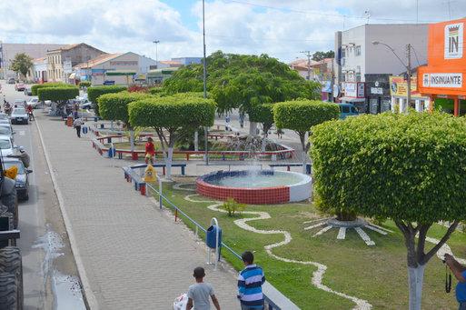 Adolescente de 15 anos é estuprada após ser levada por homens em carro na Bahia