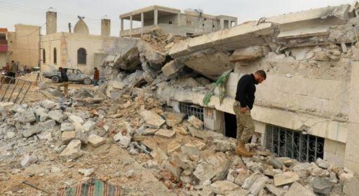 Emboscada rebelde mata soldados sírios perto de Damasco