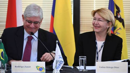 Maduro faz apelo para que Interpol capture no Brasil ex-procuradora-geral da Venezuela