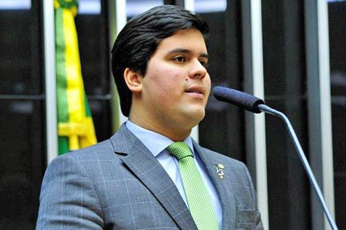 Fufuca diz que dará andamento a eventual denúncia de Janot contra Temer