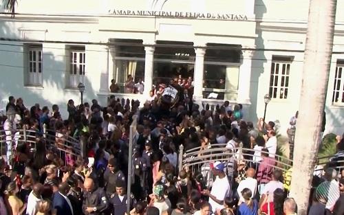 Presidente da Assembléia Legislativa da Bahia esteve no velório do vereador Ronny