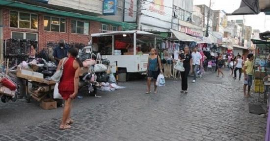 Vereador diz que vendedores devem decidir se querem ou não serem relocados