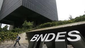 Câmara discute MP que cria nova taxa de juros para o BNDES, mas adia votação