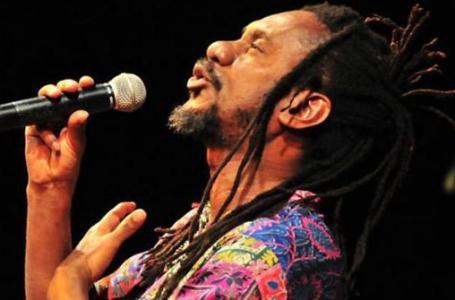 Morre no Rio aos 66 anos o cantor Luiz Melodia