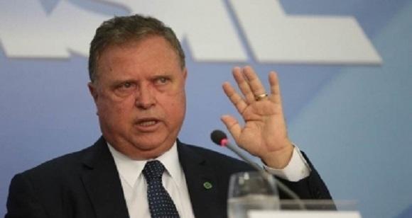 Janot indica ministro de Temer como líder de organização criminosa